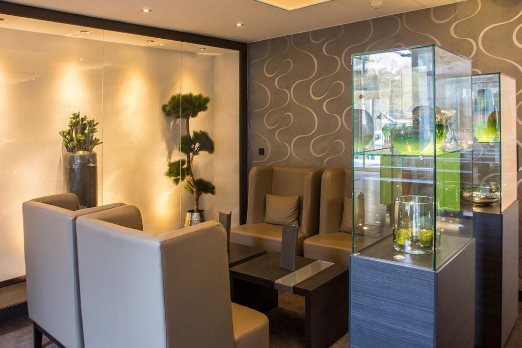 Stilvolle Lobby im Parkhotel Ahrbergen bei Hannover